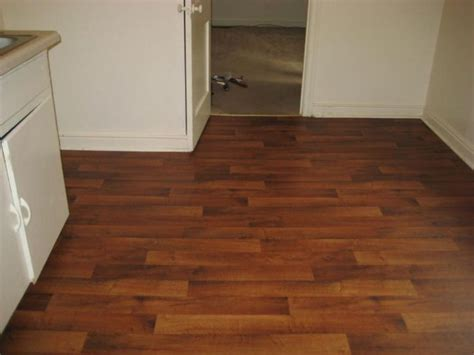 linoleum that looks like wood paint home ideas