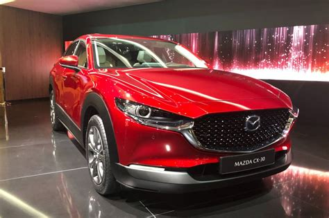mazda cx    world debut  geneva evo