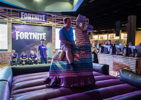 epic games  sued fortnite cheaters  banning