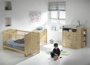 Chambre Bébé Bois Massif : chambre enfant bois massif affordable lit enfant en bois ~ Teatrodelosmanantiales.com Idées de Décoration