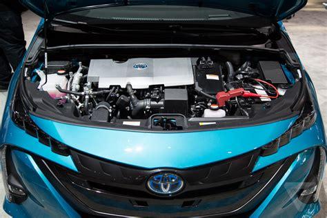 mazda car company toyota and mazda are making a new company to develop