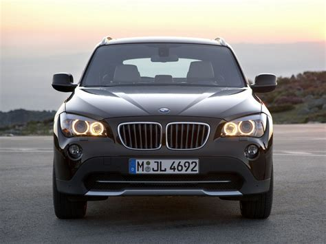 Bmw has made very few changes to the x1 for 2021: 2010 BMW X1   Motor Desktop