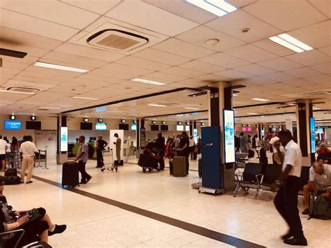 review  thai air asia flight  male  bangkok  economy