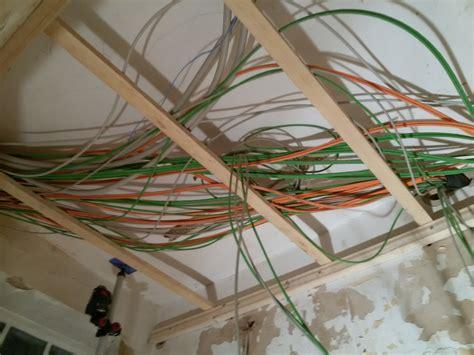 decken kabel verstecken decken kabel verstecken medium size of wand an le decke kabel