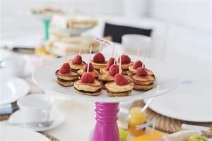 Party Buffet Ideen : einen english brunch veranstalten rezepte und ideen bonny und kleid ~ Markanthonyermac.com Haus und Dekorationen