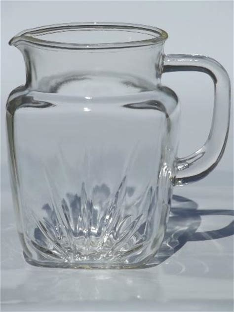 vintage federal star pattern glass pitcher large  milk pitcher