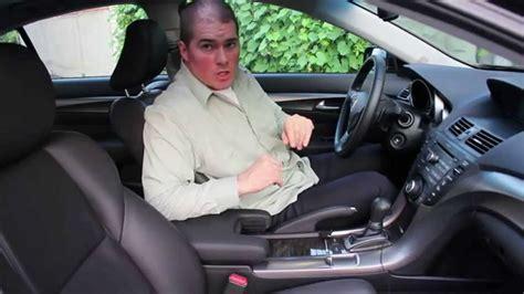 comment nettoyer siege cuir voiture comment nettoyer le cuir d 39 une voiture partie 1