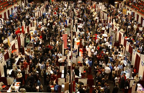 what to do at career fair how to make the most of your time at job fairs