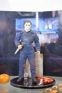 Mezco Brings Halloween to #SDCC With Awesome Michael Myers ...