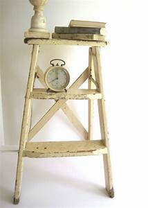 25 Best Antique Ladder Ideas On Pinterest Old Wooden ...
