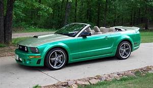 Green 2005 Ford Mustang Convertible - MustangAttitude.com Photo Detail