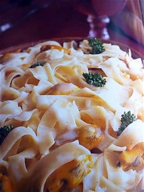 cuisiner une queue de lotte recette pates aux moules 28 images p 226 tes sauce
