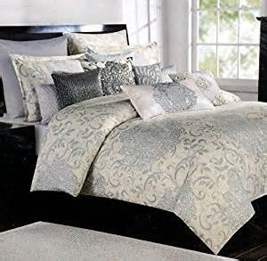 tahari 3pc king duvet cover gray and silver floral medallions on a faded yellow