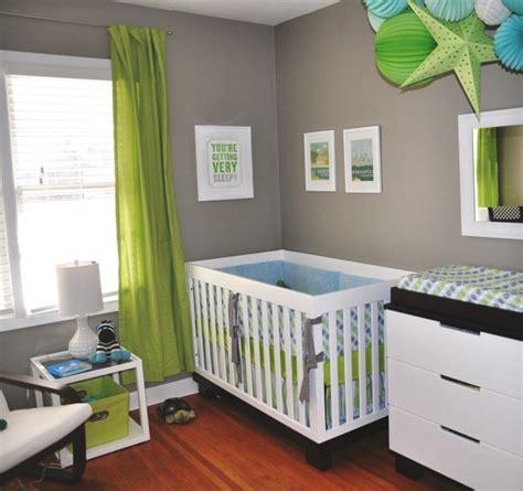 chambre bleu garcon deco chambre bebe garcon bleu et vert visuel 1