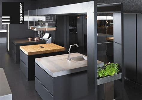 meubler une cuisine source a id work 39 s une cuisine exemplaire by eggersmann