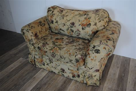 Route 66 Furniture » Dark Yellow Floral Armchair