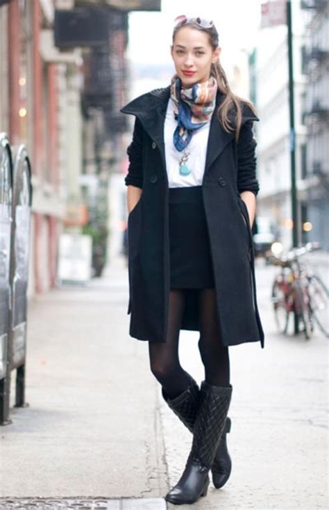Picture Of Rainy Day Outfit Ideas 13