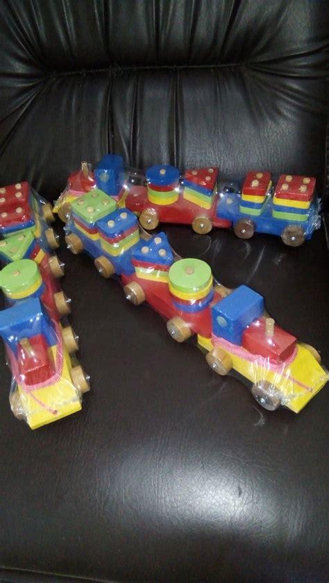 jual mainan edukasi anak kayu kereta geometri warna warni di lapak mainanalfaqih grosirmainan