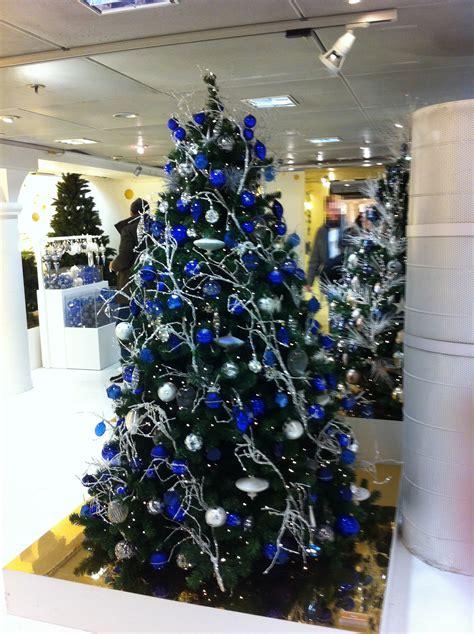 Weihnachtsbaum Blau Geschmückt by Franz 246 Sische Weihnachtsb 228 Ume