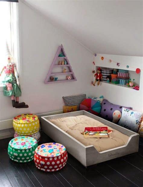 f3 combien de chambre 1000 idées sur le thème chambre montessori sur