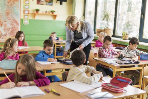 california teachers get layoff notices despite 419 | Teacher classroom iStock072616