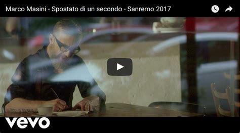 Marco Masini L Uomo Volante Testo by Marco Masini Spostato Di Un Secondo E Testo