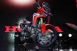 Honda Africa Twin 2016 : 2016 delhi auto expo iconic honda africa twin unveiled in india car news ~ Medecine-chirurgie-esthetiques.com Avis de Voitures