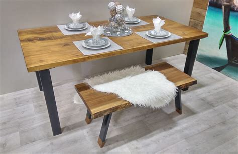 table de cuisine sur mesure table de cuisine rustika en bois métal table à dîner