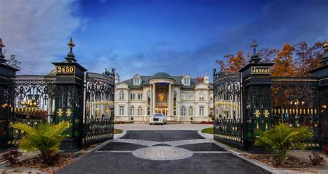 square foot stately mansion  mississauga canada homes   rich