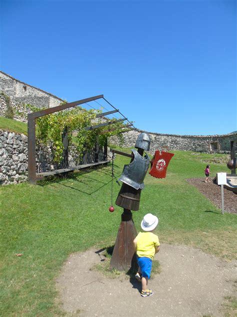 Castel Beseno E Il Medioevo Spiegato Ai Bambini