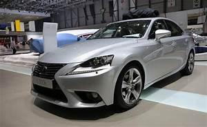 2014 Lexus Is300h Photos  Live From Geneva  U00bb Autoguide Com