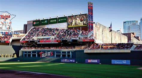 Target Field Home Run Porch by New At Target Field For 2011 More Signage And Free Wifi
