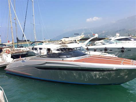Riva Yacht Te Koop by 2008 Riva 44 Rivarama Power Boat For Sale Www Yachtworld
