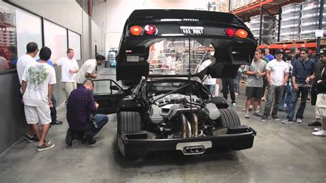 Gas Monkey Garage - Ferrari F40 Revving - YouTube