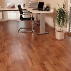 linoleum flooring uk roma wood vinyl flooring buy roma vinyl flooring onlinecarpets co uk