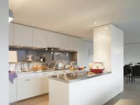 exemple de cuisine ouverte modele de cuisine ouverte sur salle a manger maison