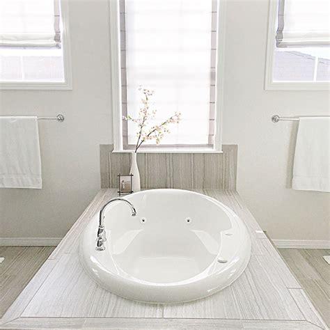 Bathroom Window Treatments Ideas by Bathroom Window Treatment Ideas New 7 For Bathrooms