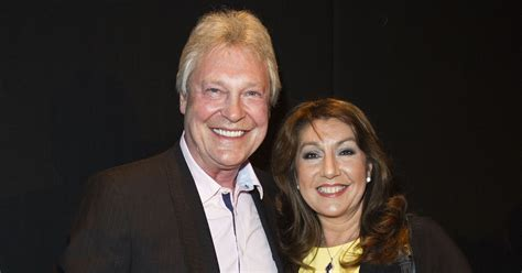 Jane McDonald asks for hospice donations instead of ...