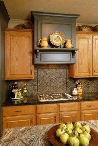 honey maple cabinets  benjamin moore revere pewter paint kitchen ideas