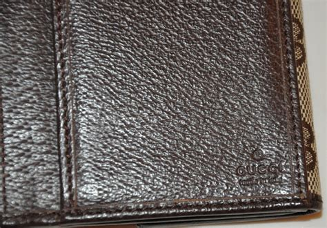 gucci gg canvas  pigskin leather billfold wallet
