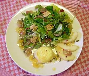 Salat Mit Ziegenkäse Und Honig : herbstlicher salat mit orangen honig dressing und ~ Lizthompson.info Haus und Dekorationen