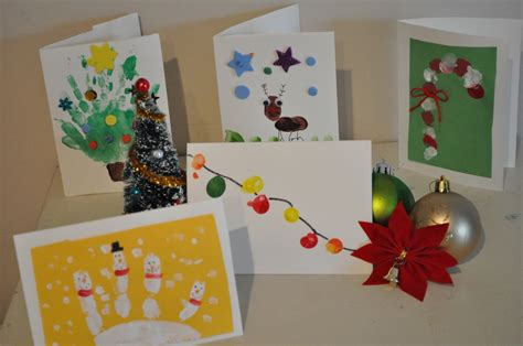These are an easy christmas craft for kids to make too! Homemade Christmas Card Ideas to do with Kids | Brisbane Kids