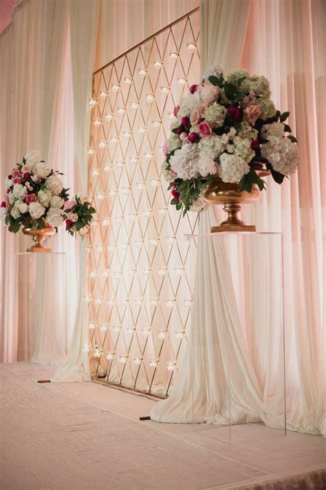 luxurious dallas wedding  adolphus hotel beauty