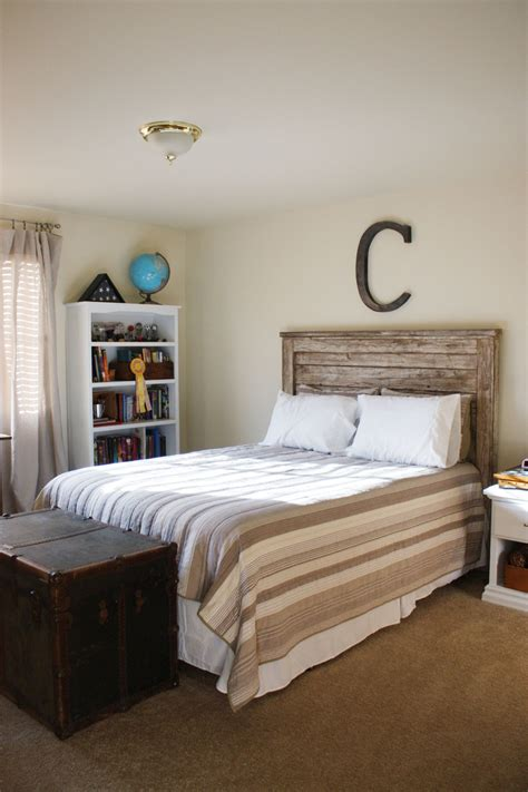Wood Headboards by White Rustic Headboard Diy Projects