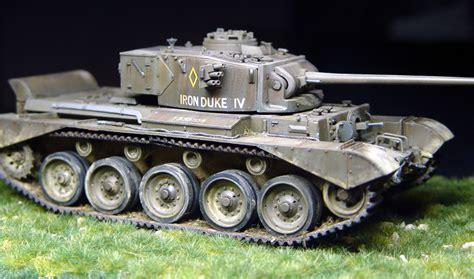 Baskom Plastik No 14 Komet comet a34 tank bronco 1 35 plastic models world