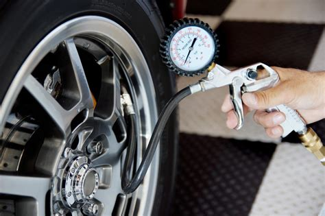 9 Shocking Driving Tips For Fuel Saving