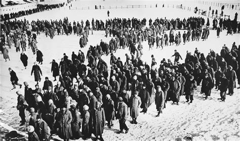 the siege of stalingrad 31st january 1943 german 6th army surrenders at stalingrad