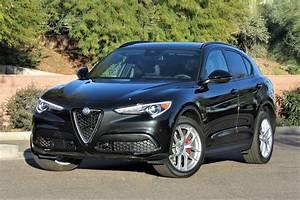 Suv Alfa Romeo Stelvio : all new 2018 alfa romeo stelvio suv journal ~ Medecine-chirurgie-esthetiques.com Avis de Voitures