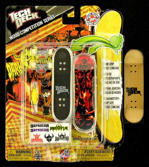 Tech Deck Wood Competition Series Santa by Fingerboard Wood Competition Series Tech Deck Darkstar