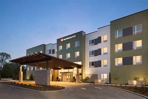 Best Western Hotels Best Western Plus Peppertree Na Civic Center Inn